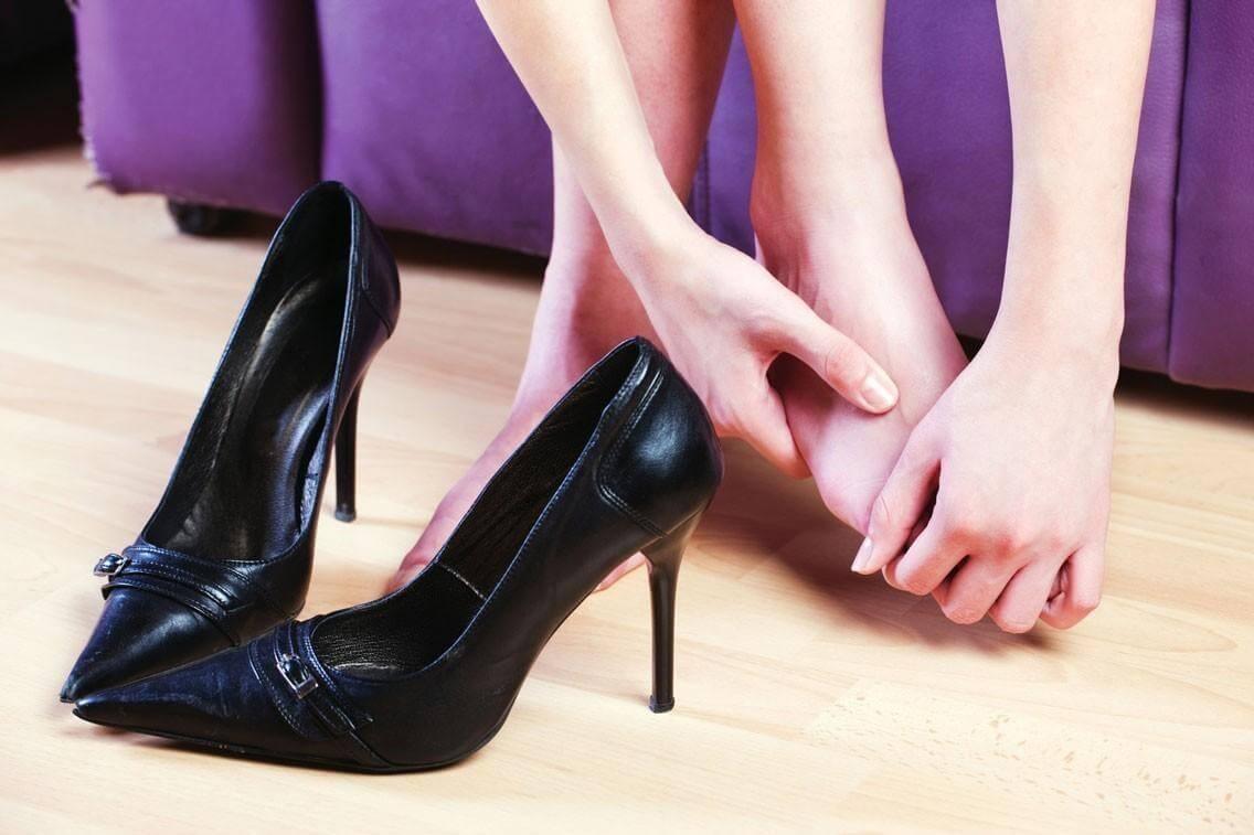 4c4b5d5fd2 Come allargare le scarpe strette in pelle e camoscio