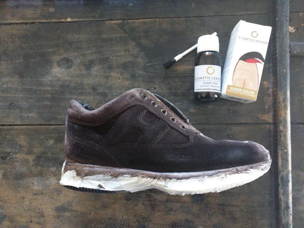 pulire scarpe da tennis in camoscio chiare
