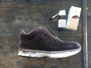 Come cambiare colore alle scarpe di camoscio