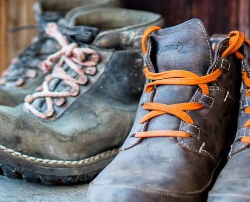 come pulire le scarpe da trekking