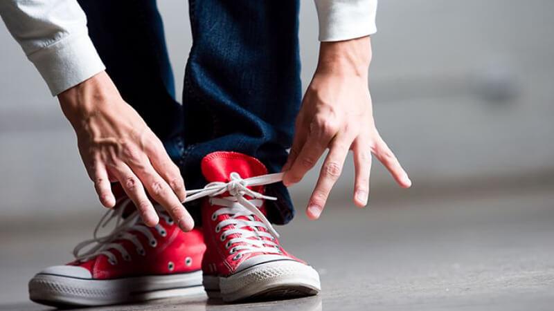 Come allacciare le Converse Blog | La Bottega del Calzolaio
